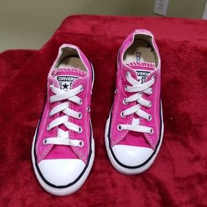 All Star girls youth pink Converse shoes